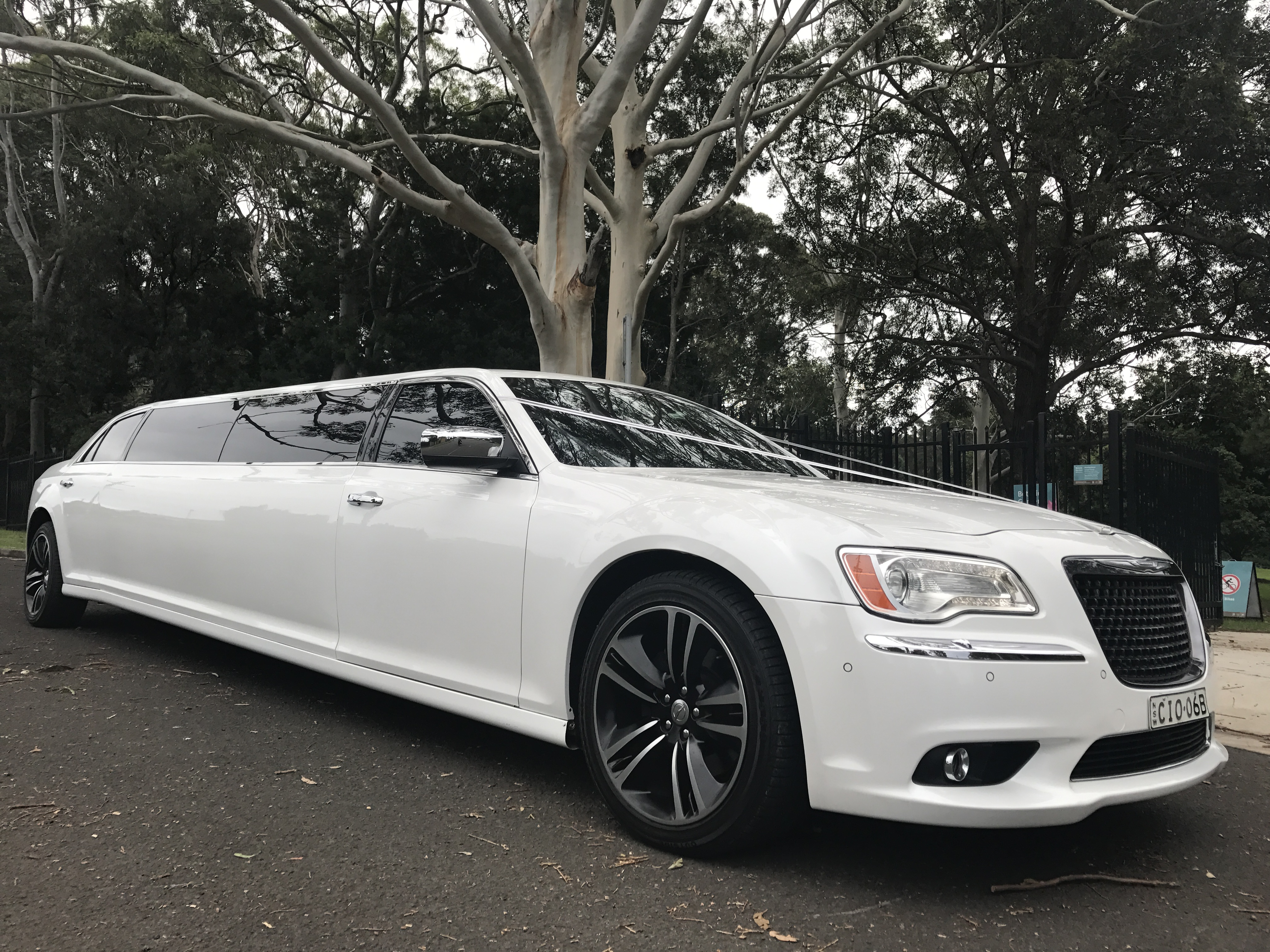Limo Hire In Sydney Limo Hire In Wollongong - Cheap hummer hire sydney