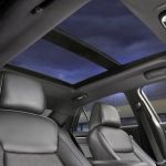 INSIDE 4 SEATS LUXURY SEDAN CHRYSLER 300C